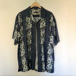Tommy Bahama 100% silk Hawaiian camp shirt L